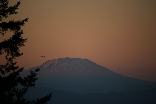 Mt St Helens with Plane